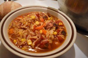 Soupe aux légumes au jambon