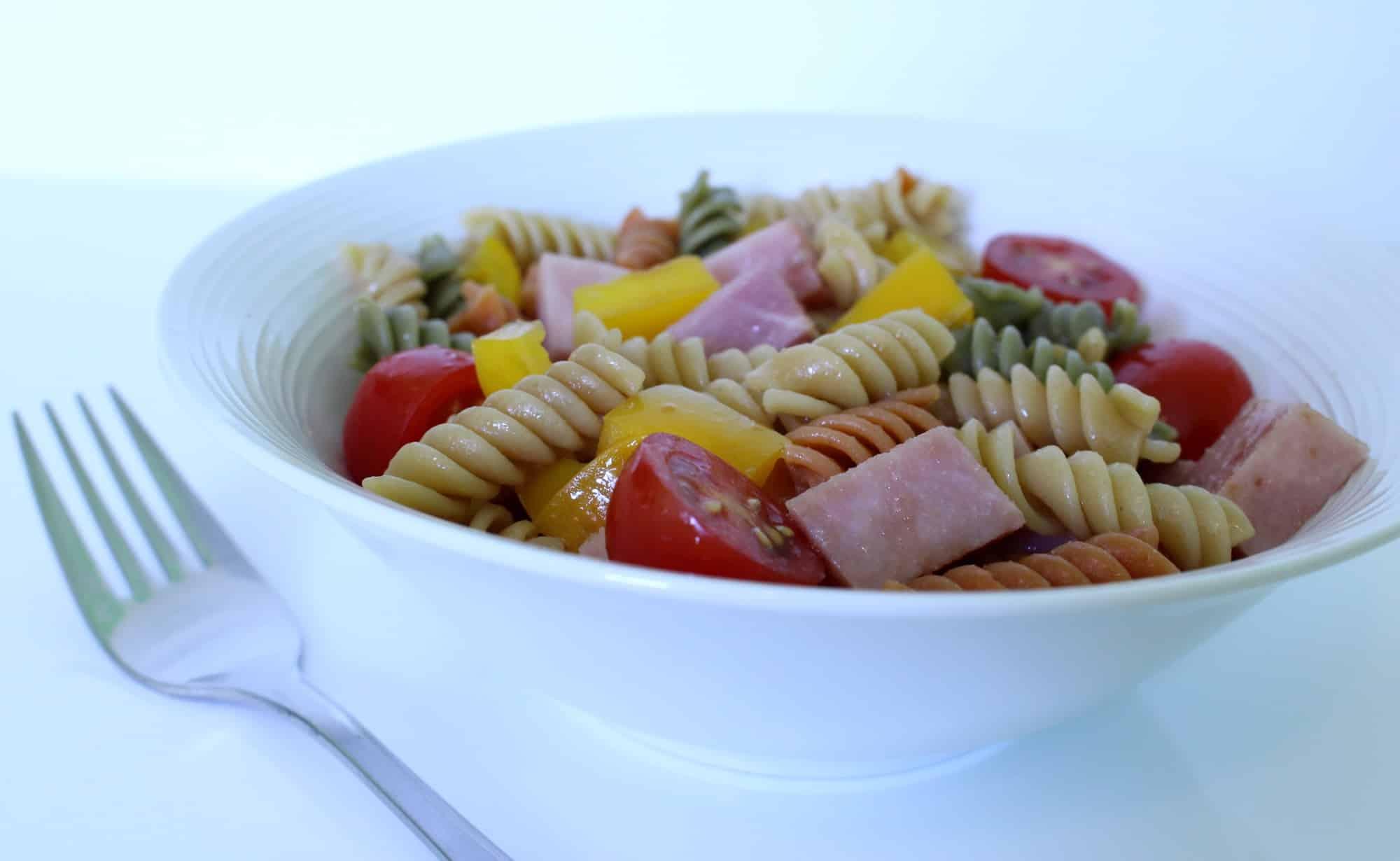Salade de p tes au jambon conomies et cie - Salade de pates jambon ...